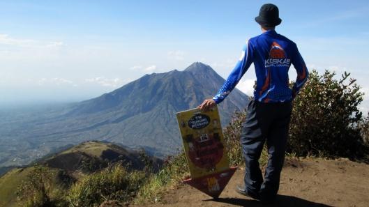 Penulis di Puncak Gunung Merbabu :o