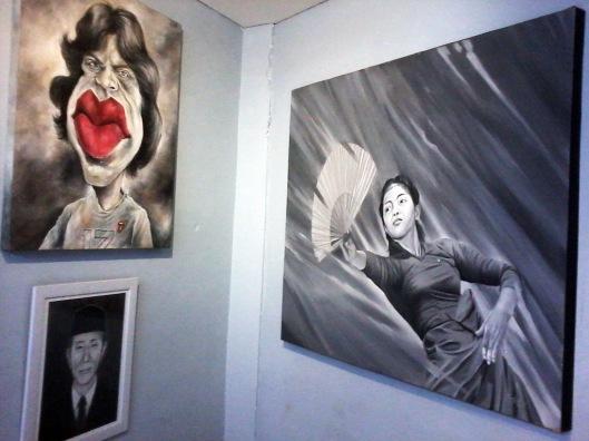 Lukisan di dalam Art Gallery