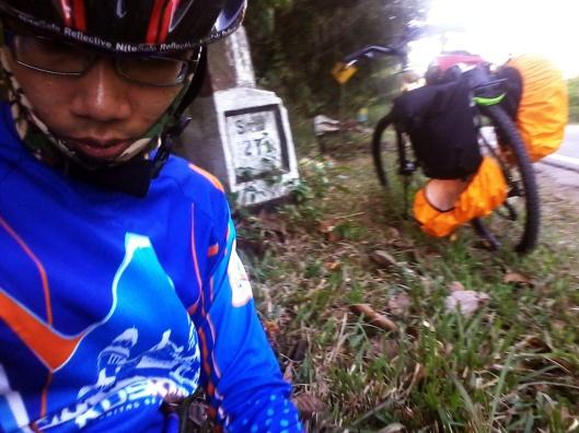 di Patok Samarinda 27 km lagi